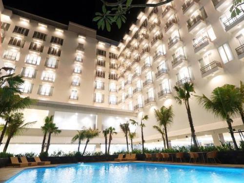 M BAHALAP HOTEL